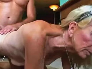 Old Hairy Slut Doing A Reverse Cowgirl